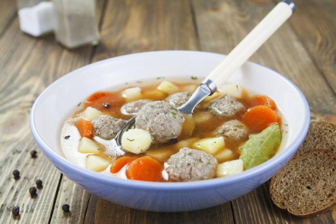 Как приготовить вкуснейший суп с фрикадельками (осенний вариант)